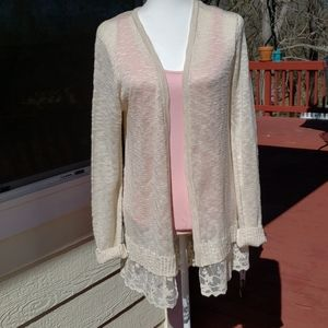 Lovely ivory sweater womens